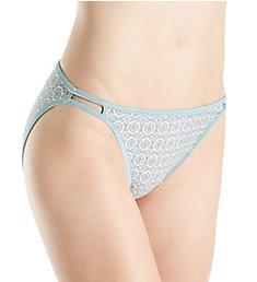 Vanity Fair Illumination String Bikini Panties 18108